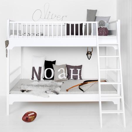 Doppelbett in Kinderzimmer