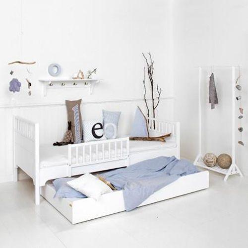 Kinderbett mit Bettkasten
